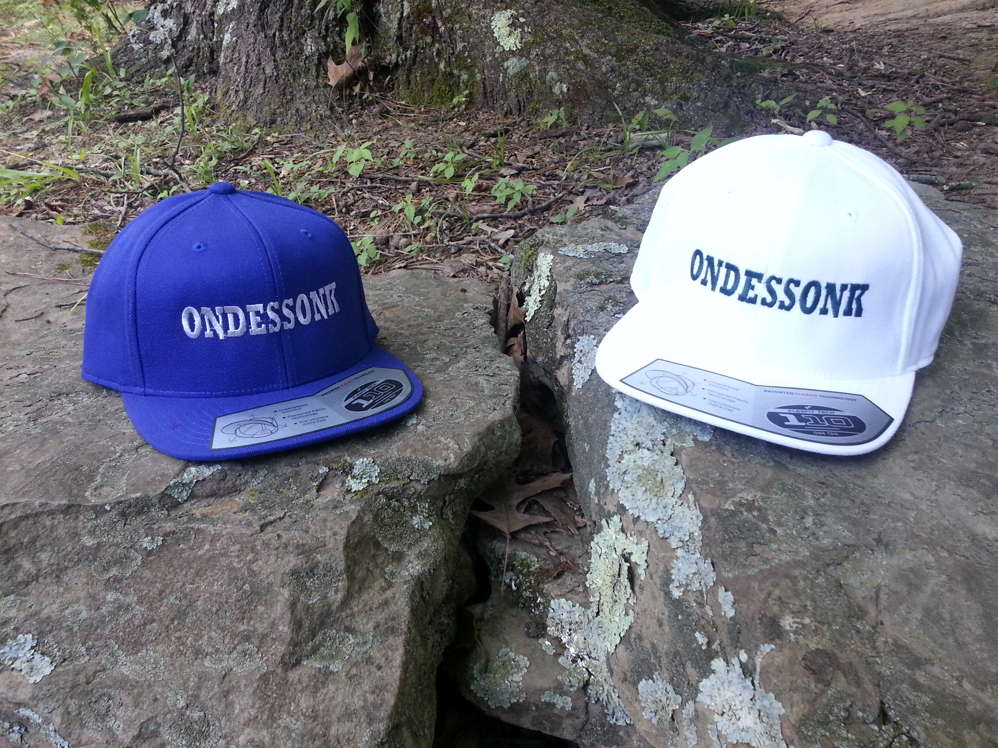 Blue_White_Camp_Ondessonk_Flatbill_Hats